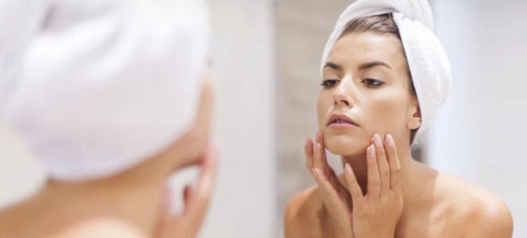 how to choose face wash for dry skin