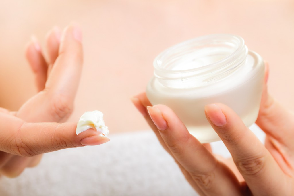 Moisturizing creams for combination skin  – The best premium products we suggest for you